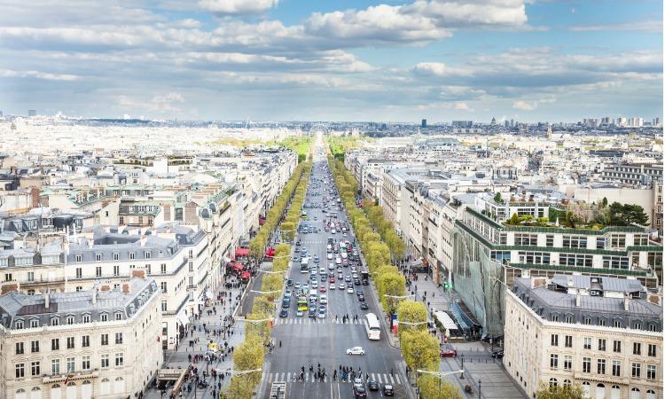 Compras em Paris Champs-Elysées