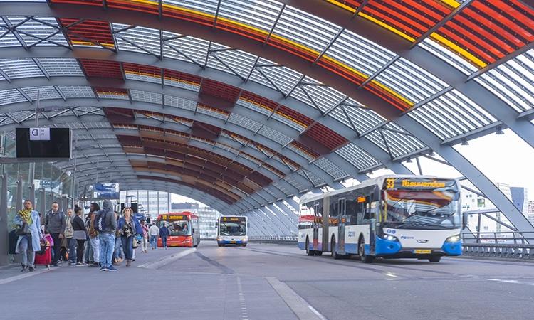 Ônibus e transporte público em Amsterdam