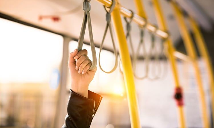 Transporte público para economizar