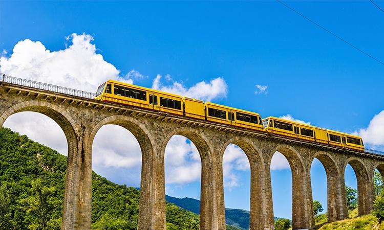 Ponte Pireneus França