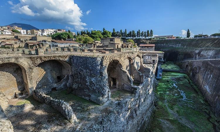 ruinas em herculano na italia