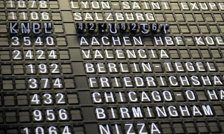 Qual seguro viagem cobre cancelamento de voo
