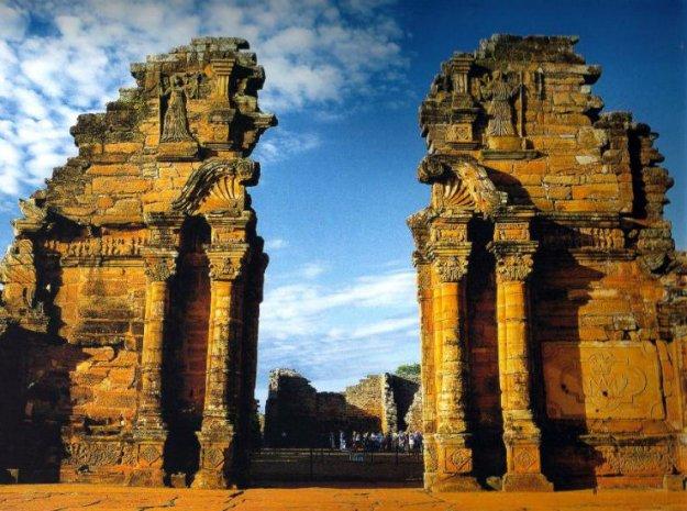 Las Ruinas de San Ignacio, allí donde las piedras hablan