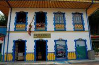 Balcones tipicos de la cultura paisa