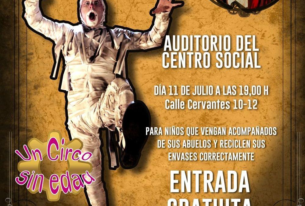 "Reciclaje + Teatro  ""La Momia"", del Circo Gran Fele"