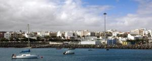 puerto-del-rosario-fuerteventura-23431438-istock.jpg_369272544