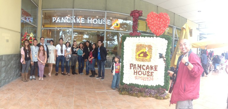 Some of the bloggers who attended Pancake House pre-opening event (Photo taken by Ms. Marielle S. De Jesus) | Turista Boy