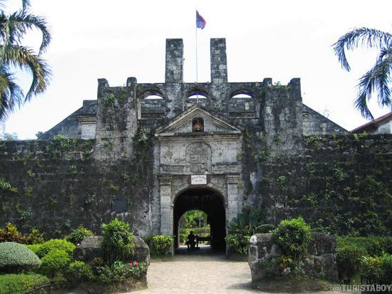 Fort San Pedro | Cebu Turista Boy