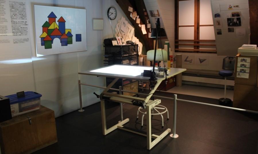 Mesa onde Dick Bruna criava seus desenhos