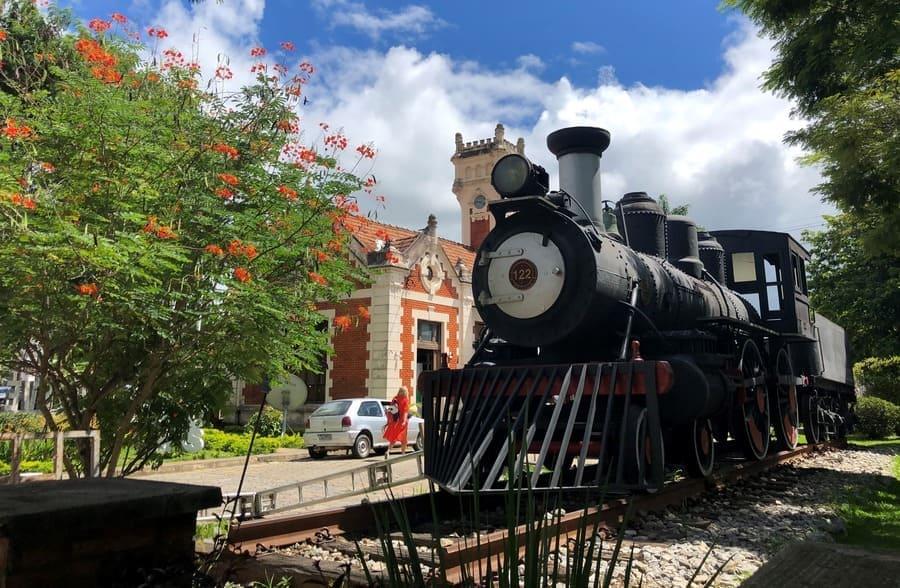 O que fazer em Vassouras: locomotiva a vapor