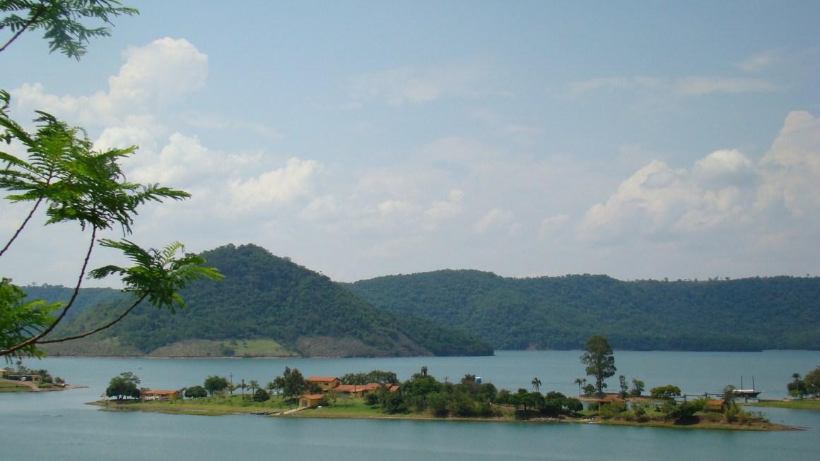 Sete lugares, perto de Londrina, para curtir nos próximos feriados.