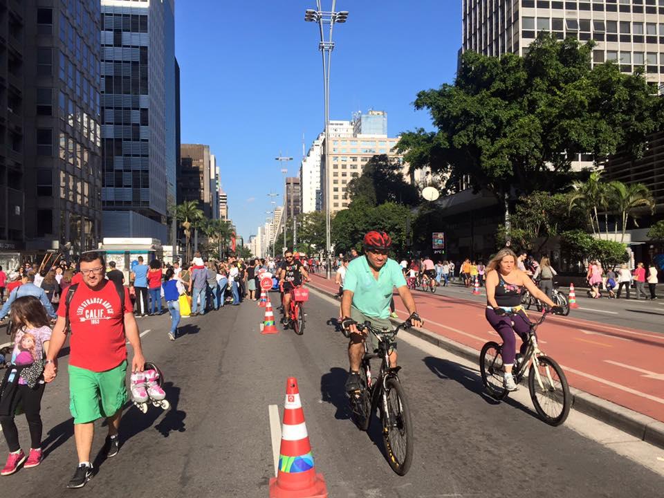 Avenida Paulista aos domingos