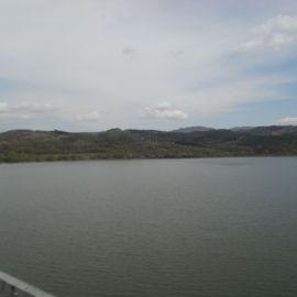 гледка към язовир йовковци от моста