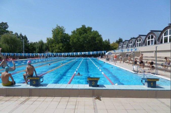 AquaPalota Gyula - outdoor pool