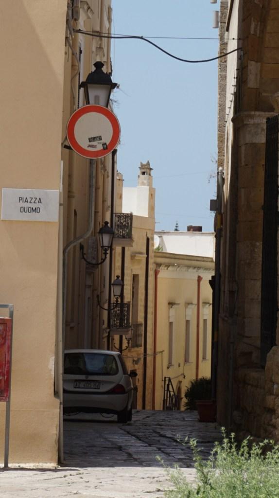 Brindisi - duomo square