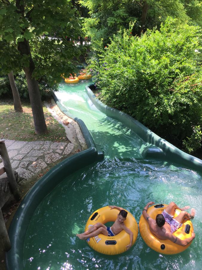 CanevaWorld - lazy river