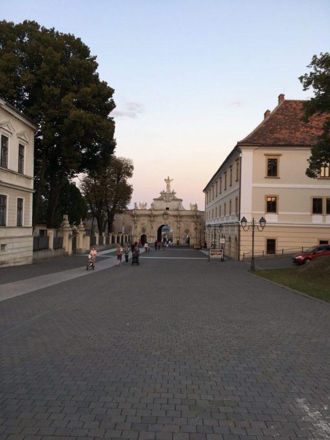 Cetatea Alba-Iulia - gate