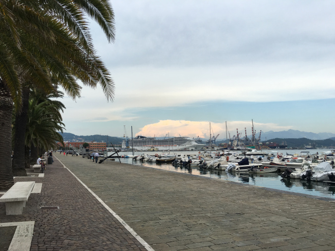 Cinque Terre - spezia port view