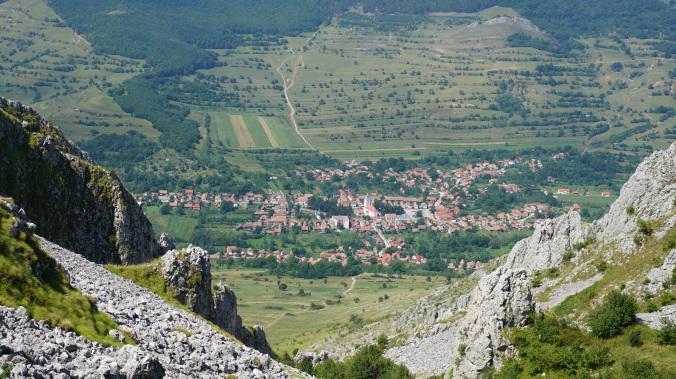 Coltesti - view