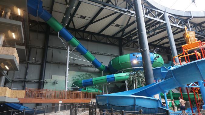 Lalandia - slides1