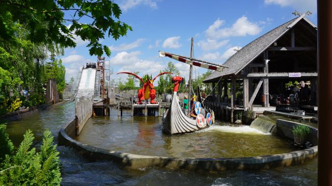 Legoland Danemarca - park attraction barca vikingilor