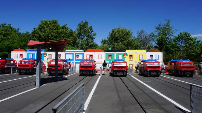 Legoland Danemarca - park attraction cars