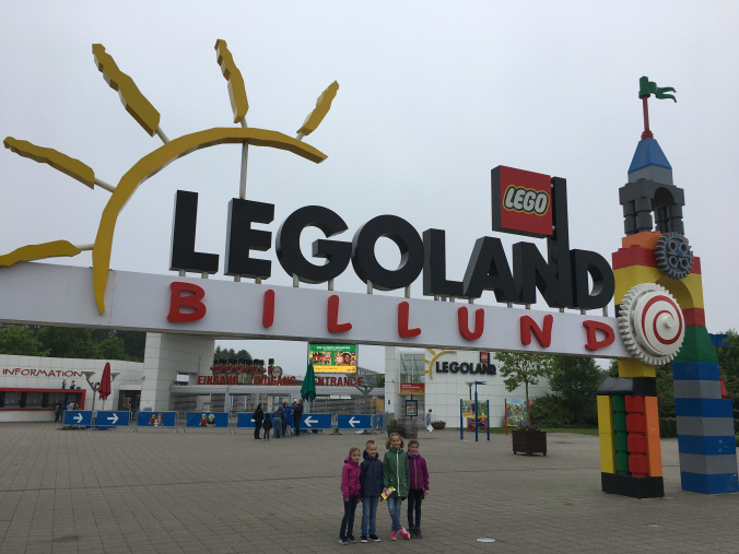 Legoland Danemarca - park entrance1
