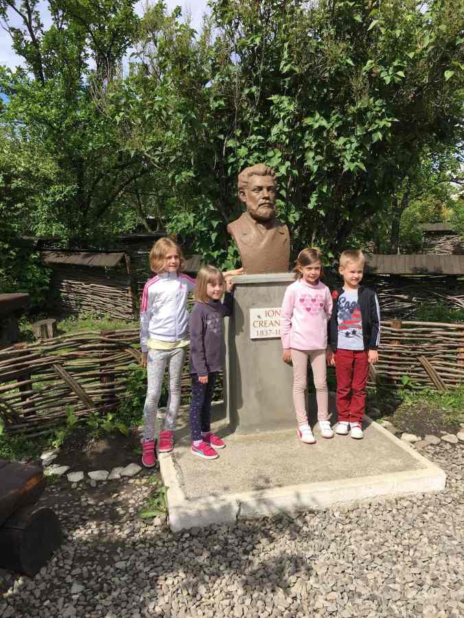 Manastirile din Moldova -casa memoriala ioan creanga humulesti1