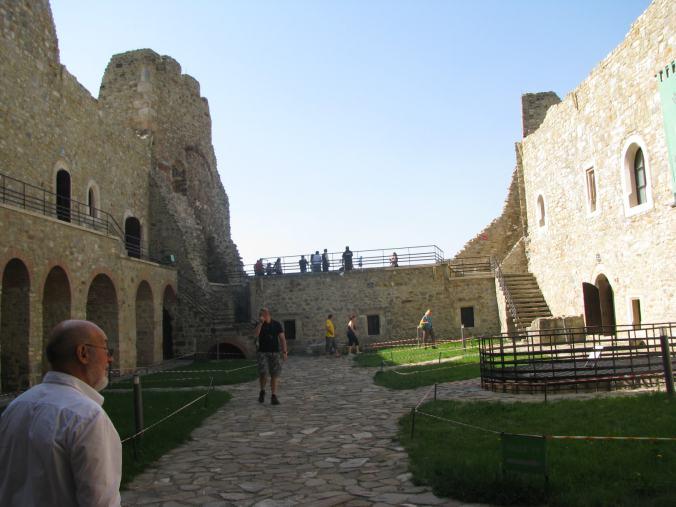 Manastirile din Moldova -cetatea neamt 9