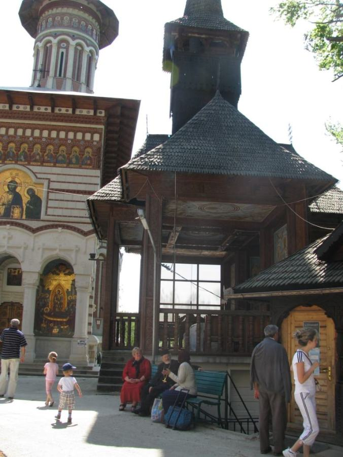 Manastirile din Moldova - rohia