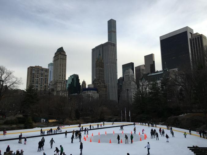 Manhattan - central park ice skating