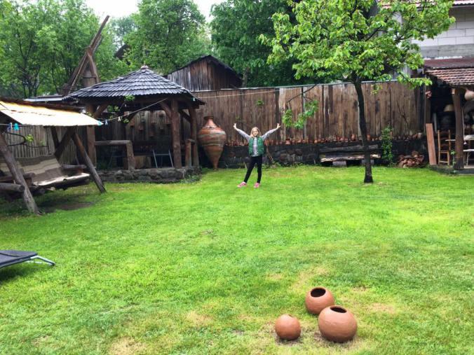 Maramures - casa olarului garden