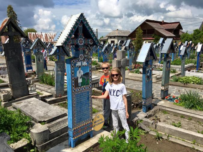 Maramures - cimitirul vesel sapanta1