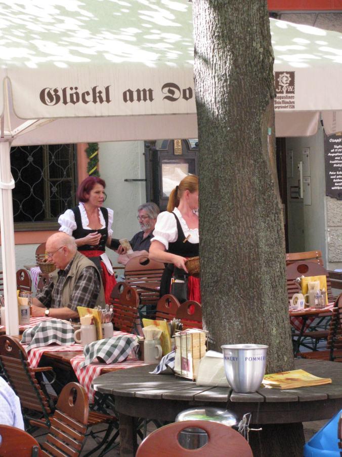 Munchen - marienplatz bar