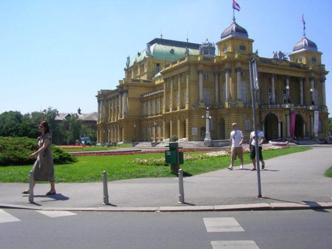 Opatija - zagreb downtown