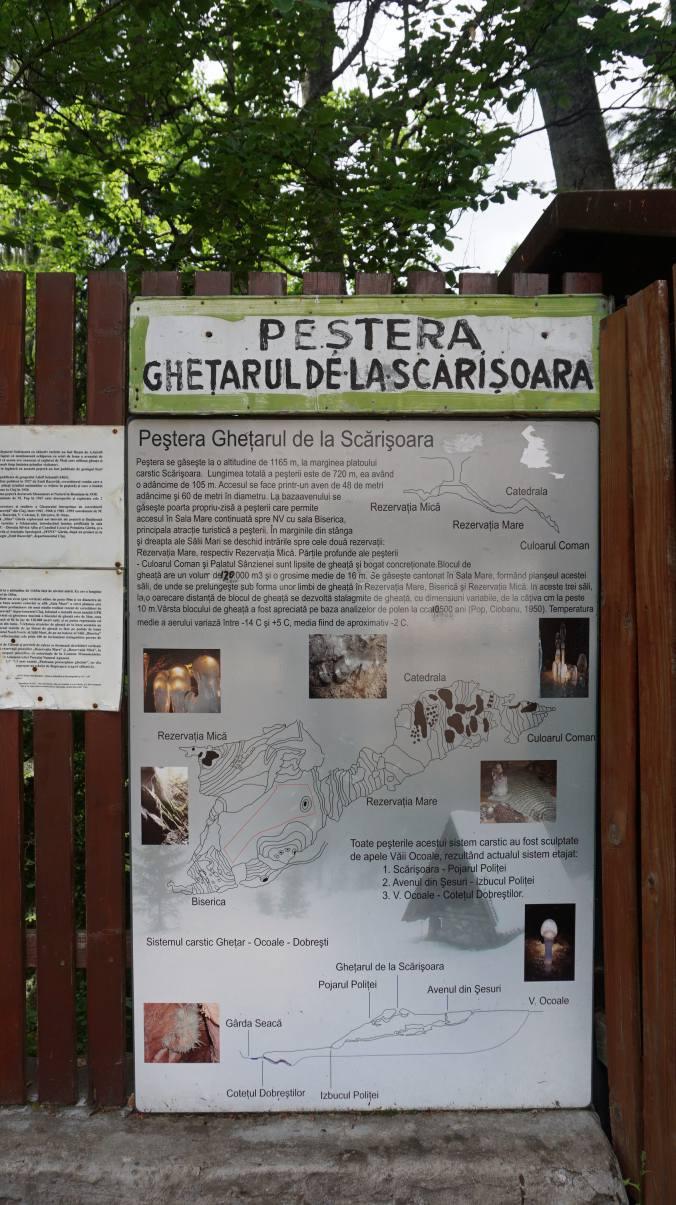 Pestera Ursilor si Scarisoara - entrance1