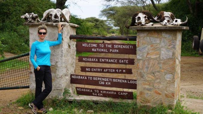 Serengeti - park exit