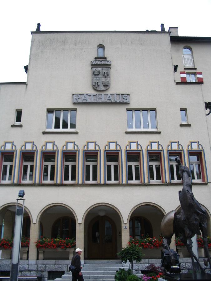 Vaduz Liechtenstein - rathaus
