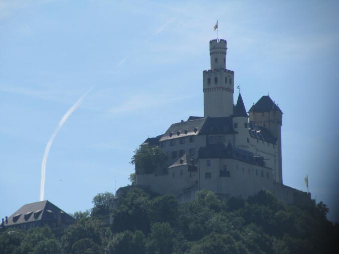 Valea Rinului - stahleck castle