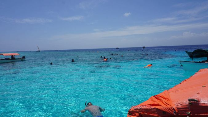 Zanzibar Tanzania - bariera de corali1