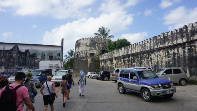 Zanzibar - stone town city walls