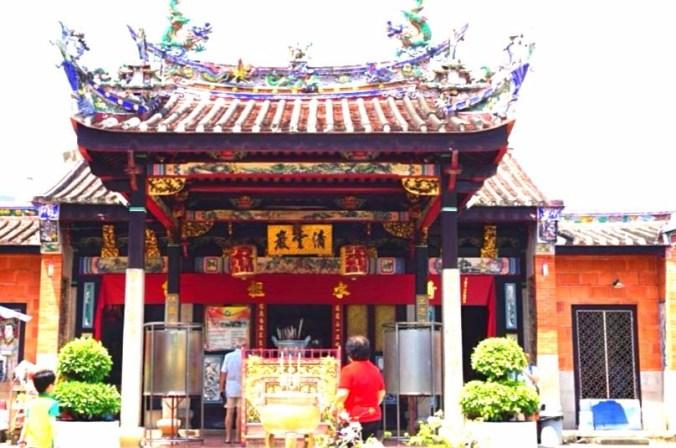 Penang - snake temple