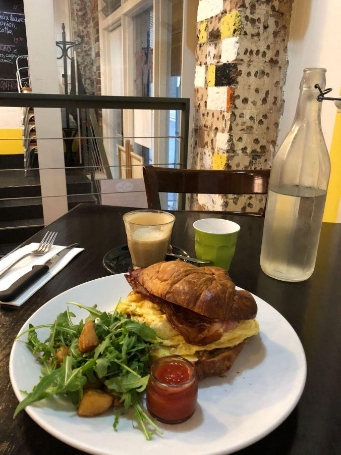 Sydney - breakfast