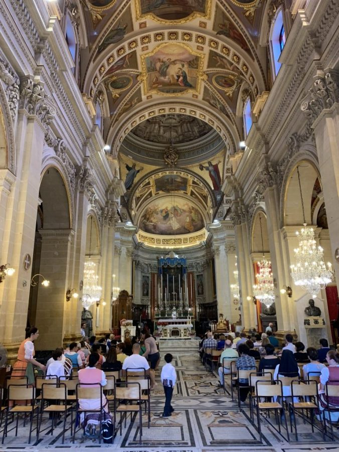 Malta -gozo citadel cathedral indoor