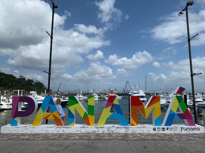 Panama - causeway de amador1
