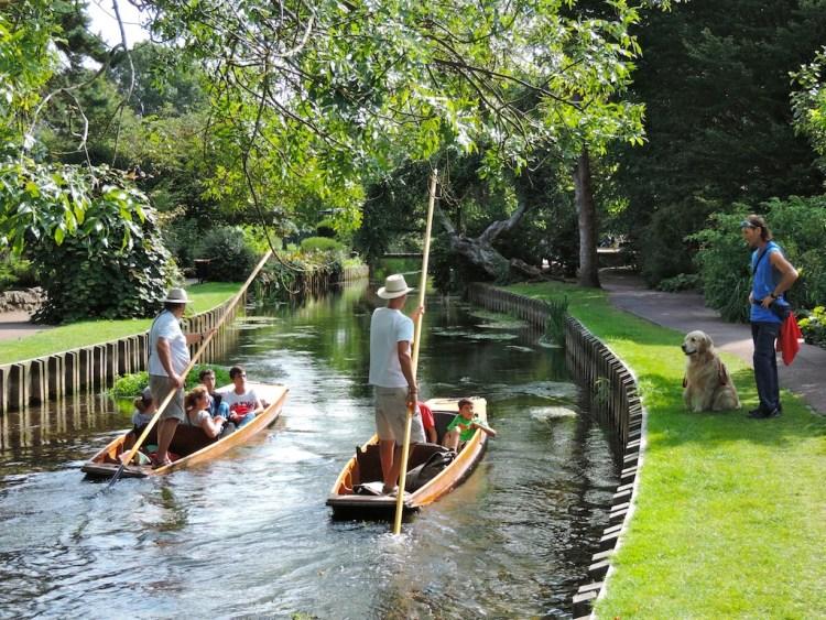 Viaggio a Canterbury le barche