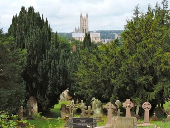 Vista su Canterbury e Cattedrale dalla St. Martin's Church