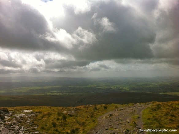 UK 2014 - 1° Climbing Ingleborough Mountain - Bentham - 15