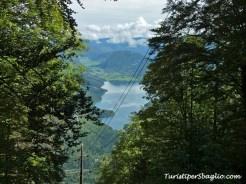 Hiking on Lake Bohinj Slovenia - 23_new
