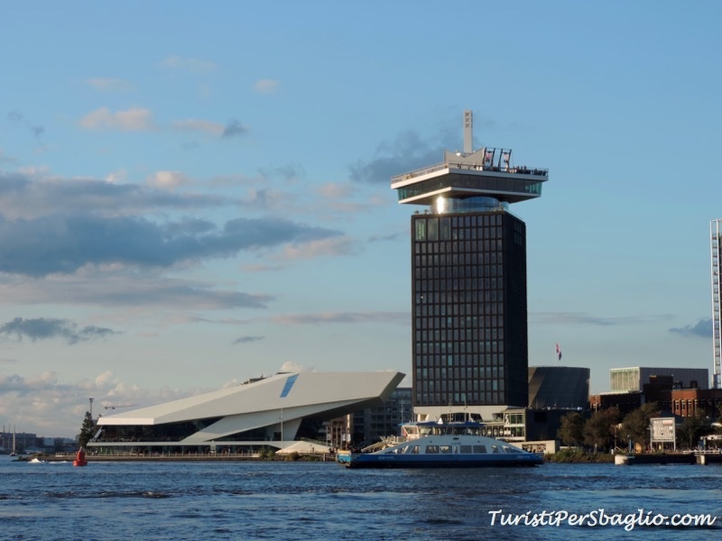 Una passeggiata ad Amsterdam Noord fino a Neuwendammerdijk